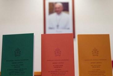Rólunk szól: a Miano-házaspár bemutatja az Amoris Laetitia k. pápai buzdítást