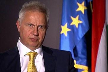 Trócsányi: az EU-nak nem kellene beavatkoznia a tagállamok belügyeibe