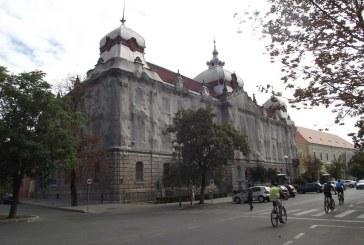 Vissza kell szolgáltatni a katolikus egyháznak a nagyváradi pénzügyi palotát