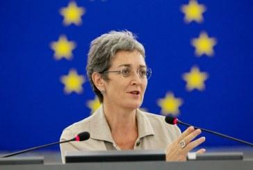 Ulrike Lunacek: Szerbiának el kell ismernie Koszovót az uniós csatlakozás érdekében