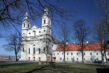 Támogatás a Csík-térségi egyházi épületek felújítására