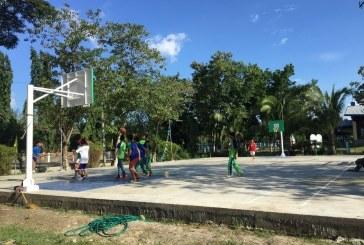 Átadták a kiblawani piarista iskola új kosárlabdapályáját