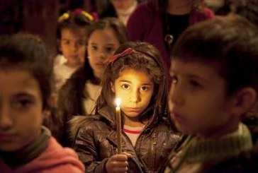 Több száz keresztény és muszlim gyerek imádkozott a békéért