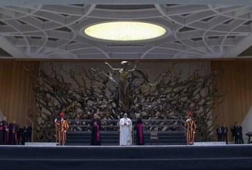 Megkezdte új tanítássorozatát Ferenc pápa