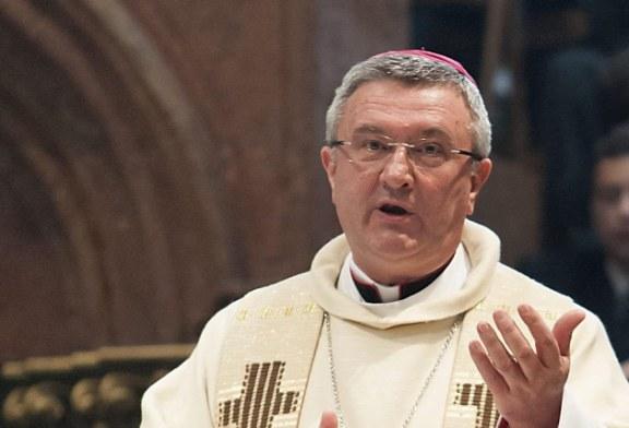 Veres András imádságra hív a nemzeti gyásznapon