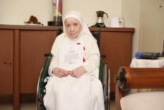 110 éves Candida nővér