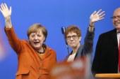 Győzött Merkel pártja
