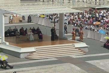 Ferenc pápa: Bővelkedjünk a reményben!