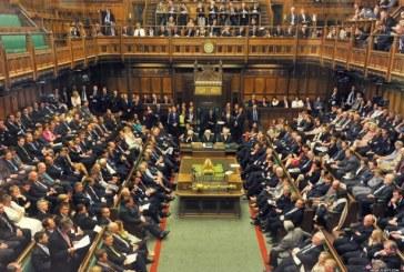 Feloszlott a brit parlament