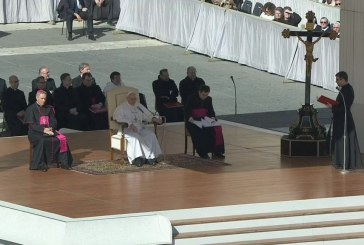 Ferenc pápa: Reményünk alapja a szeretet