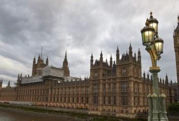 Hackertámadás Nagy Britanniában
