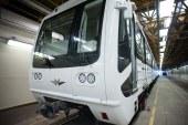 Újra járhat a felújított metró