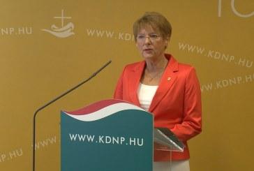KDNP: Elfogadhatatlan az új ukrán oktatási törvény