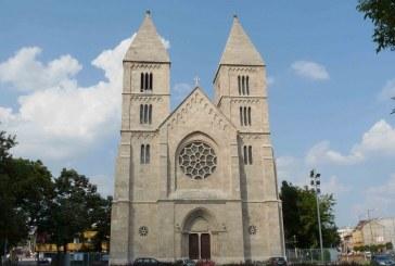 Bíborosi mise és új nyitva tartás a Lehel téri templomban