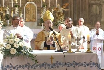 Ima a papokért
