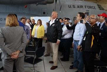 Puerto Ricóban járt Donald Trump