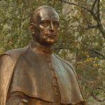 Felavatták Mindszenty József szobrát