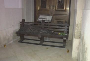 Új helyén a hajléktalan Jézus szobra