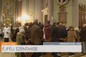 Éjféli szentmise a váci székesegyházból: Beer Miklós