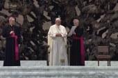 A Glória énekét és a kollekta-könyörgést elemezte a pápa