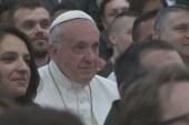 Fiatalokkal találkozott a pápa