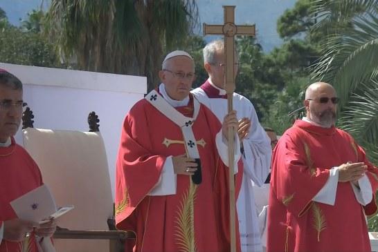 A maffiózókhoz szólt a pápa