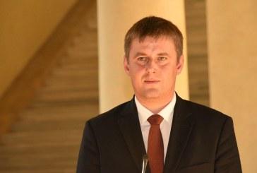 Kinevezték az új külügyminisztert