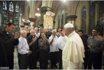 Ferenc pápa meglepetés látogatása a havannai jezsuitáknál
