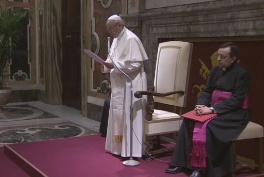Ferenc pápa: Mentalitásváltásra van szükség