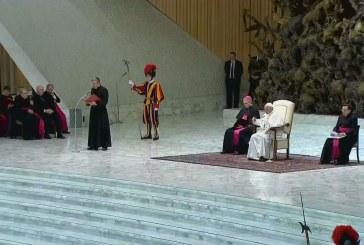 A bűnbánatról elmélkedett a pápa