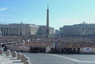 Üldözött keresztények a pápánál